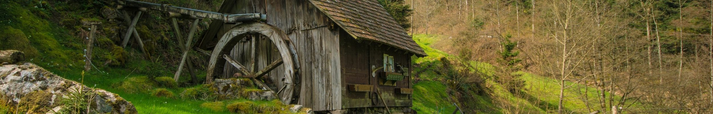 Foto einer alten Wassermühle